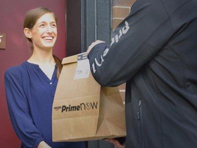 ¿Quieres repartir para Amazon? Empezará a pagar hasta 25 dólares por hora por hacerlo