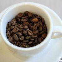 ¿Debería el café incluir un aviso de que puede contener ingredientes cancerígenos?