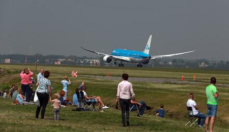 Spotting: Algo más que fotografiar aviones