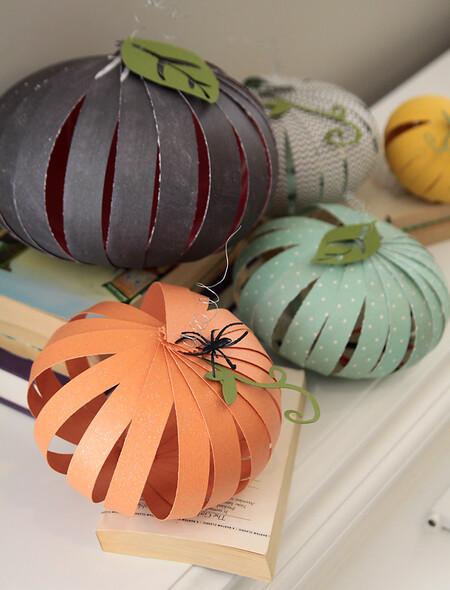 Halloween Decor Paper Pumpkins Diy How To Make Strip Kids Fun Easy 4