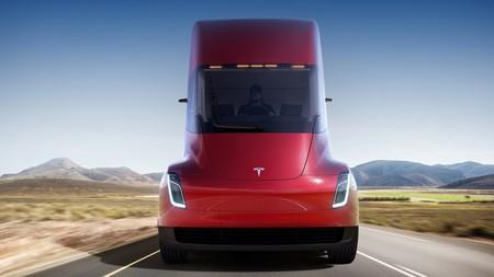 Tesla Semi 01