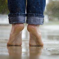 Mira tus pies y dime que ves... Te recordamos las mejores razones para no olvidar mimarlos nunca más