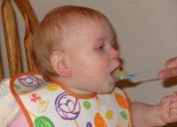 Mejor no agregar sal a la comida del bebé