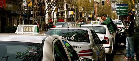 Madrid: una compañía de taxis ofrece servicio de internet