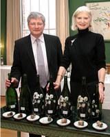 Perrier Jouët descorcha el champán más viejo del mundo