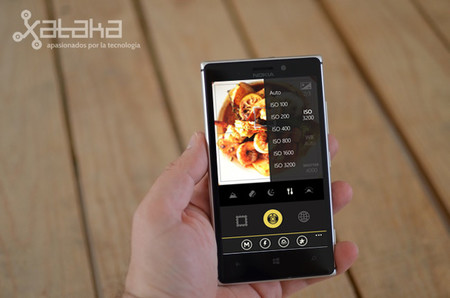 Hipstamatic Oggl, ya disponible. Una gran noticia para los fotografos que apostaron por los teléfonos Lumia