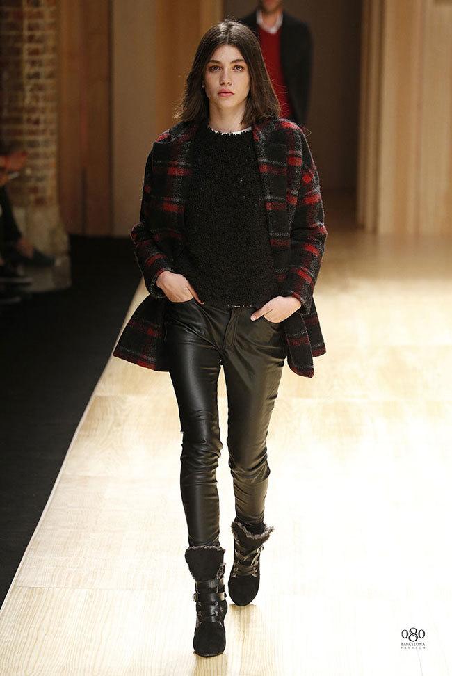 Foto de Mango abre la 080 Barcelona Fashion con su colección Otoño-Invierno 2014 y Toni Garrn (18/41)