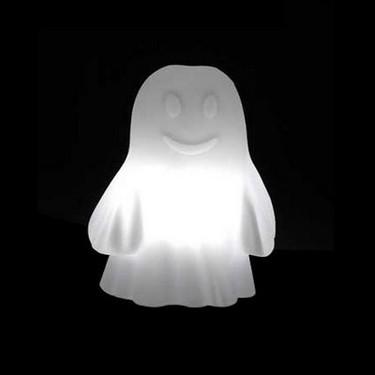 Lámpara-fantasma para perder el miedo