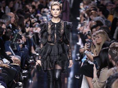 El desfile de Elie Saab enamora en París. Nieves Álvarez y Olivia Palermo no se lo han querido perder (yo tampoco lo haría)