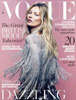 Las hay que promocionan sus colecciones en YouTube y luego está Kate Moss, que va a lo grande