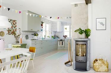 Puertas abiertas: Una encantadora casa sueca en la que reinan los tonos pastel