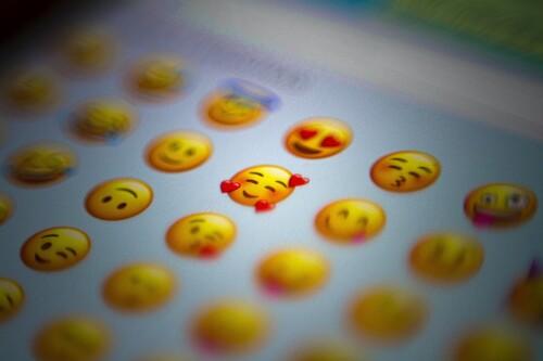 Qué son los Emoji, Animoji, Memoji y los Memoji Stickers