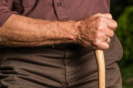 Hand 588982 1920