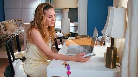 Carrie Bradshaws Apartmentdecor 05