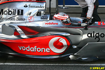 Kovalainen vuelve a superar a Hamilton