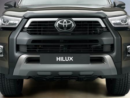 Toyota Hilux 2021 11