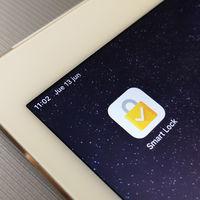Cómo usar un móvil Android para proteger tu cuenta de Google en un dispositivo iOS