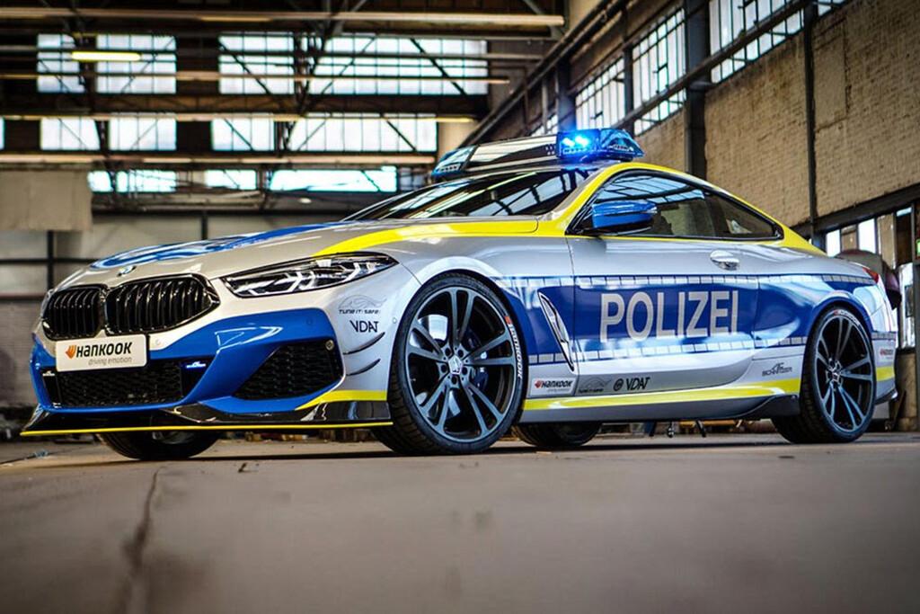 BMW M850i Polizei, AC Schnitzer viste con los colores de la ley al imponente sedán alemán