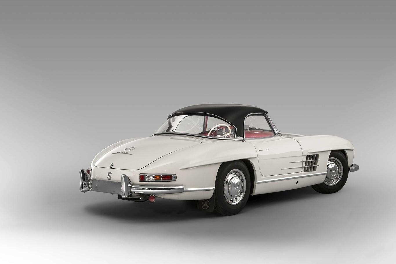 Foto de Mercedes-Benz SL300 1963 se vende en 70 millones de pesos (8/9)