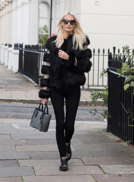 El invierno se viste de negro... Y sin perder el estilo. Por Poppy Delevingne