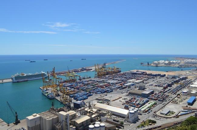 Las Companias De Cruceros Que Operan En Barcelona Estudian Marcharse A Valencia