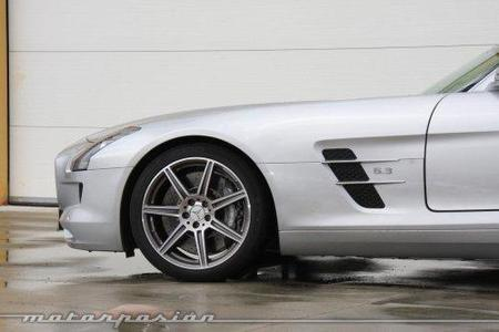 Mercedes SLS AMG, prueba en el Circuito Monteblanco (parte 2)