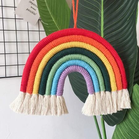 El arcoíris es, una vez más, símbolo de esperanza: 11 opciones decorativas para que no falte en tu casa
