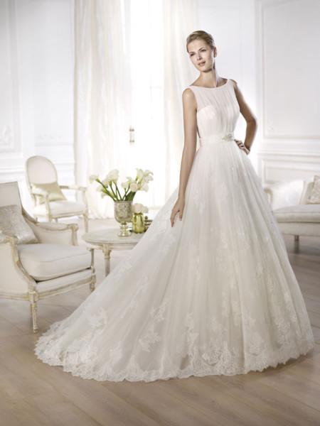 pronovias colección 2014: diseños para todo tipo de novias