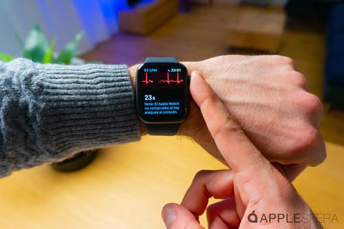 Un usuario descubre una anomalía benigna en su corazón tras años de pruebas gracias al Apple Watch Series 4