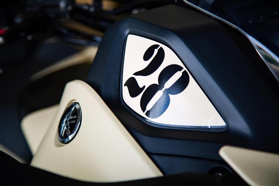 Foto de Yamaha Niken Turbo (7/10)
