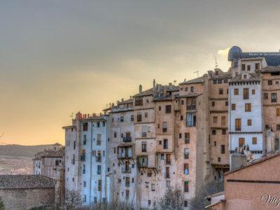 La curiosa arquitectura vertical o los rascacielos de Cuenca