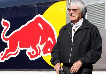 Bernie Ecclestone y Jean Todt firman el preacuerdo de la Concordia