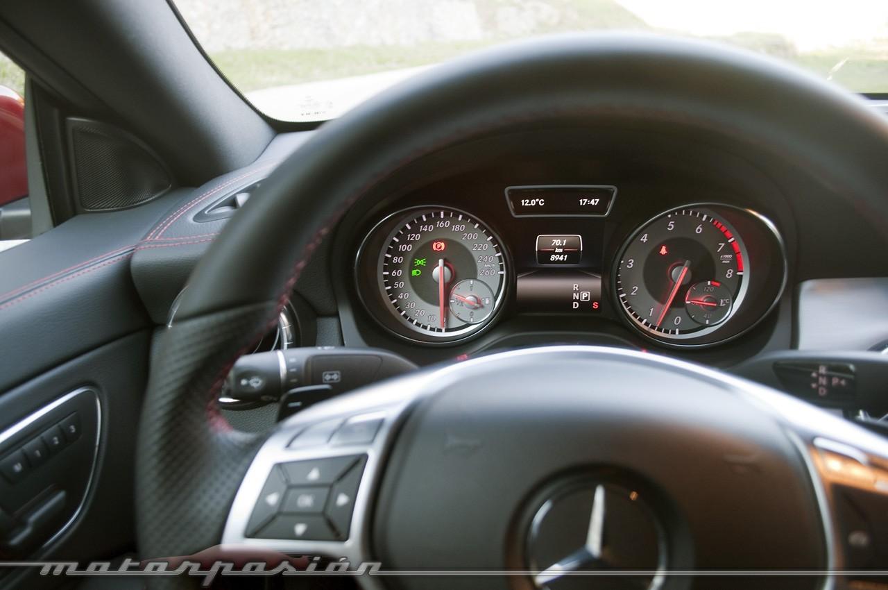 Foto de Mercedes-Benz Clase CLA (presentación) (33/40)