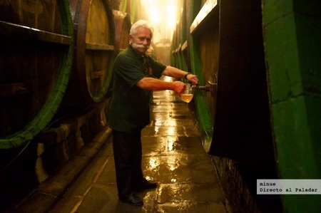 Historia de la cerveza pilsner urquell - barriles