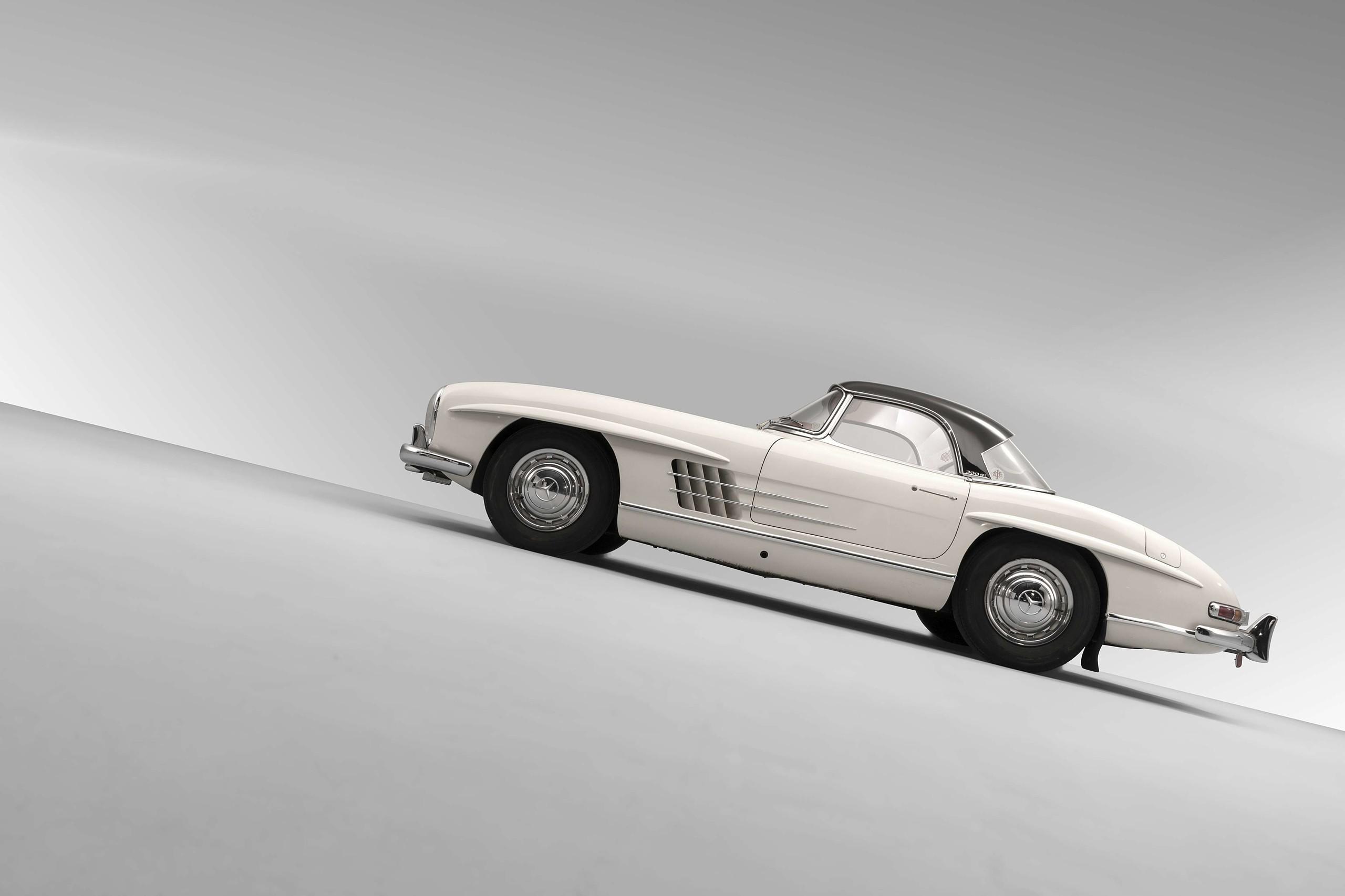 Foto de Mercedes-Benz SL300 1963 se vende en 70 millones de pesos (5/9)