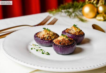 Cebollas moradas rellenas, receta versátil que es perfecta como guarnición o entrante navideño