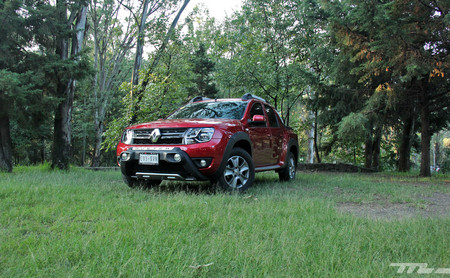 Renault Duster Oroch, a prueba: una pick-up con una dosis extra de comodidades