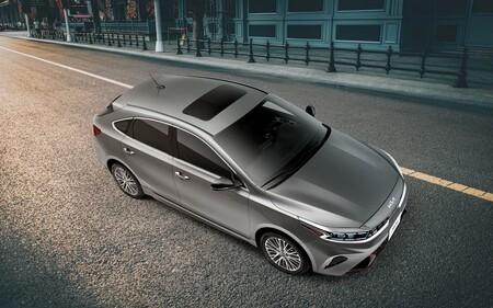 KIA Forte Hatchback 2022 precios versiones y equipo en mexico 4