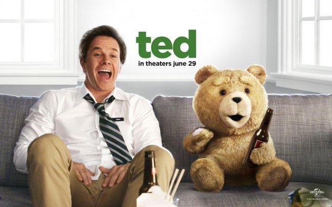 Imagen con el cartel de la película 'Ted'