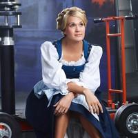 Quién le mandaría a Carrie Underwood encarnar a Julie Andrews ¡Quién!