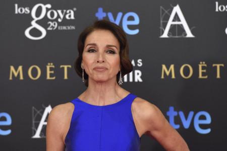 Ana Belén rejuvenece y va muy guapa de Tot-Hom en los Goya 2015