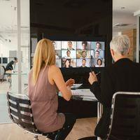 'Zoombombing' es el nuevo pasatiempo de Internet: así son las incursiones de extraños en videollamadas de Zoom y así lo difunden