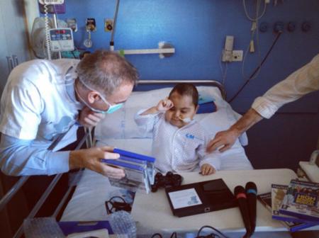 Tu pasión por los gadgets puede ayudar: participa en Tecnavidad y colabora con Juegaterapia
