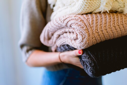 Hasta el 50% de descuento en una selección de jerséis cómodos, calentitos y estilosos de Amazon
