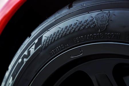 Dodge Challenger SRT Demon Nito neumáticos