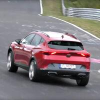 Así ruge el CUPRA Formentor en Nürburgring exprimiendo el motor de cinco cilindros del Audi RS 3