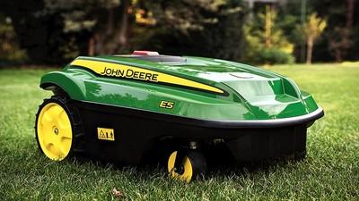 Cortacésped automático John Deere Tango E5, nunca fue tan sencillo mantener cuidado el jardín