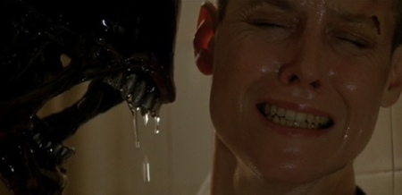 alien3cap2rev.jpg