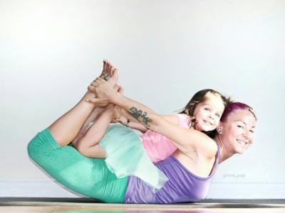 15 posturas de yoga para hacer con tus hijos