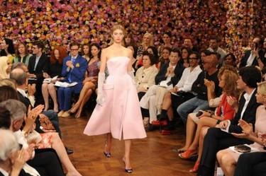 Christian Dior Alta Costura Otoño-Invierno 2012/2013: un millón de flores